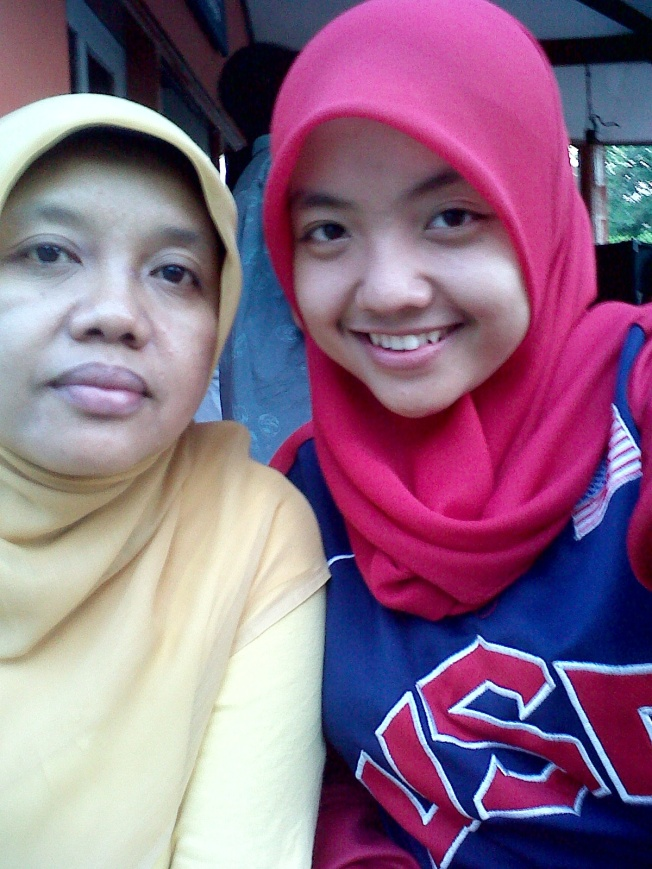 with mom ♥
